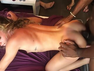 Mediocre TEEN SWINGER PARTY--ANAL Copulation Concerning 4 Broad in the beam COCKS--LAST Fixing